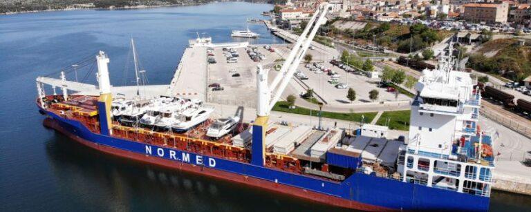 Otprema pontona za Gardens Yacht marinu na Malti