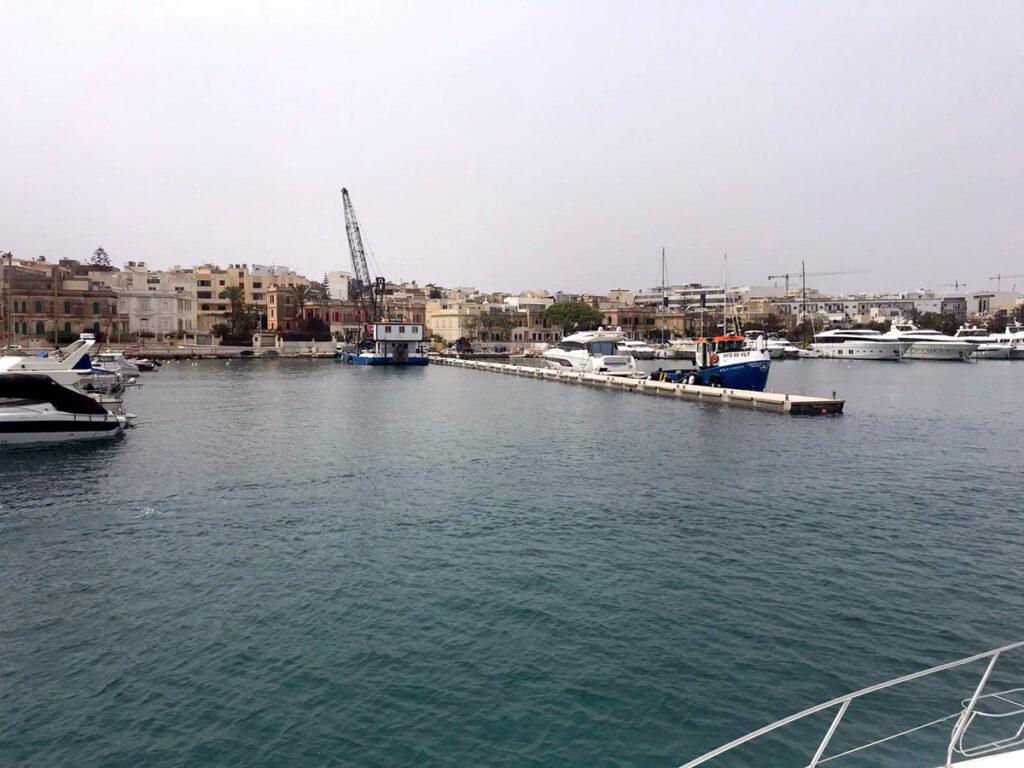 gardens-yacht-marina3